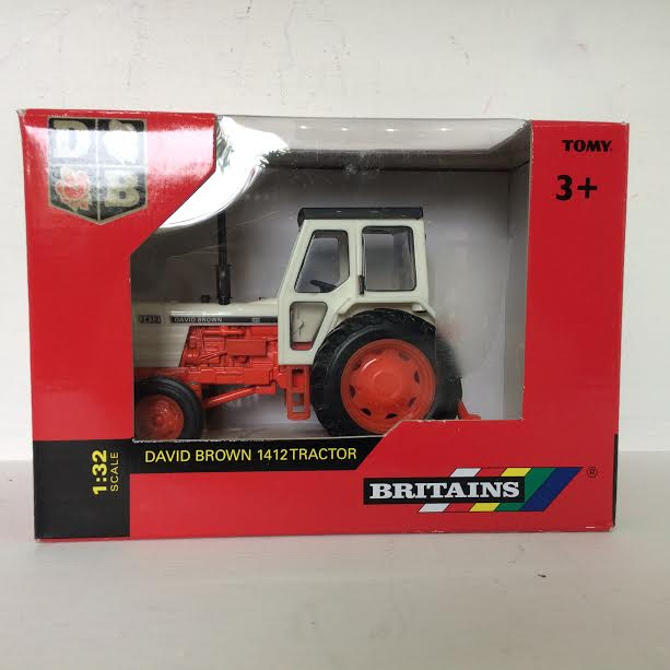 Britains David Brown 1412 Tractor Edward White Model Scenery
