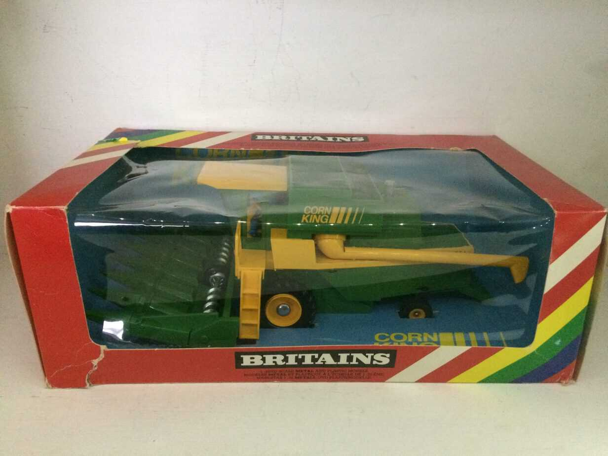 Vintage Britains Combine Harvester With Maize Head